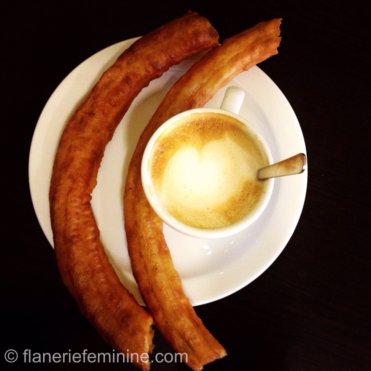 4 under the lens: Churros & porras in Madrid
